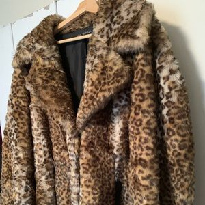 Gorgeous Via Spiga Print Coat